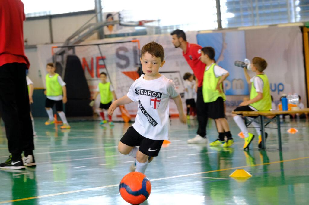 Calcio Per Bambini A Padova : Scuola calcio bambini anni di età