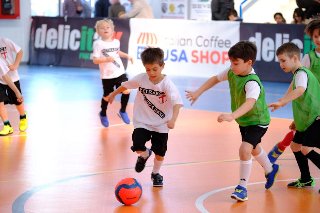 Calcio Per Bambini A Padova : Scuola calcio a 5 petrarca a ponte di brenta
